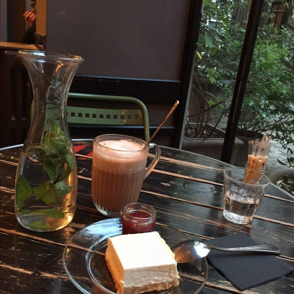 thee-usedbookscafe