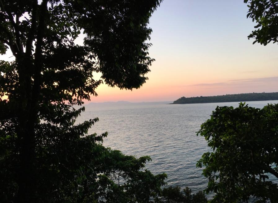 zonsondergang-treepod-dining