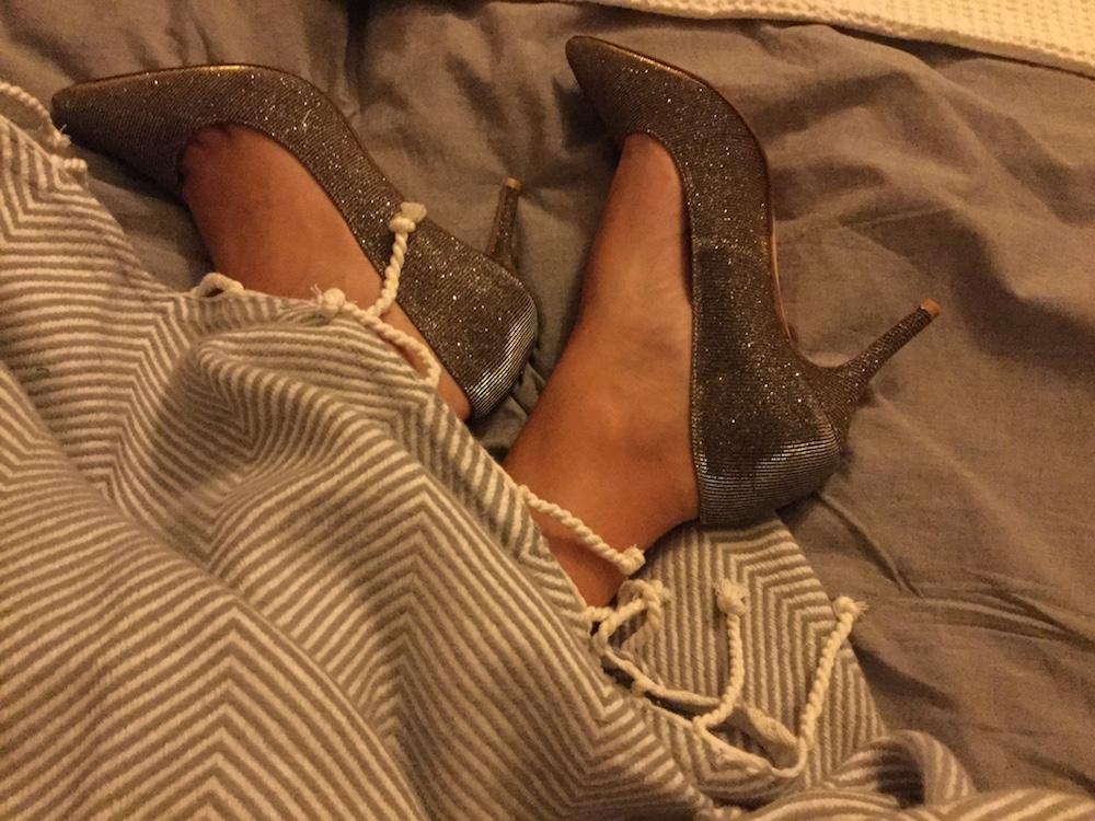 Voor schoenen 'inlopen' had ik geen tijd, maar de verkoopster tipte om er een uurtje mee te gaan slapen. Ok..