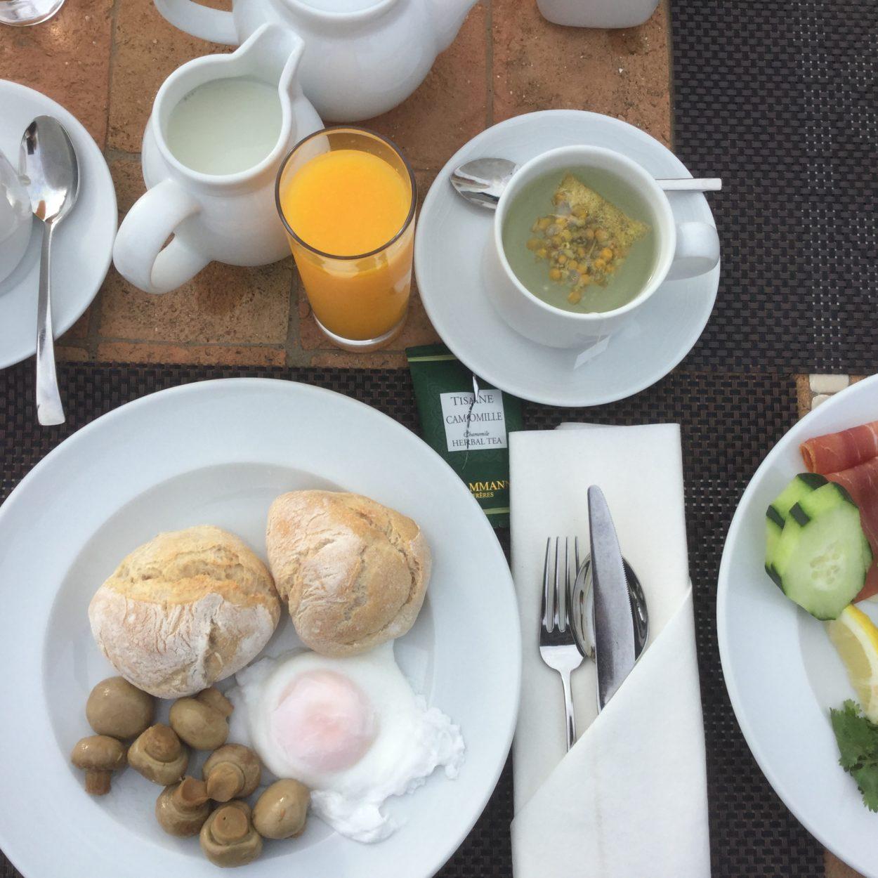 pine cliffs resort ontbijt buffet