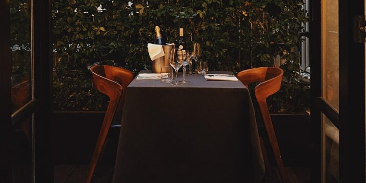 the-ultimate-date-night-amsterdam-the-hoxton