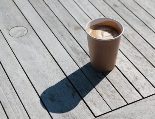 unsplash-coffee-takeaway-sun-shadow